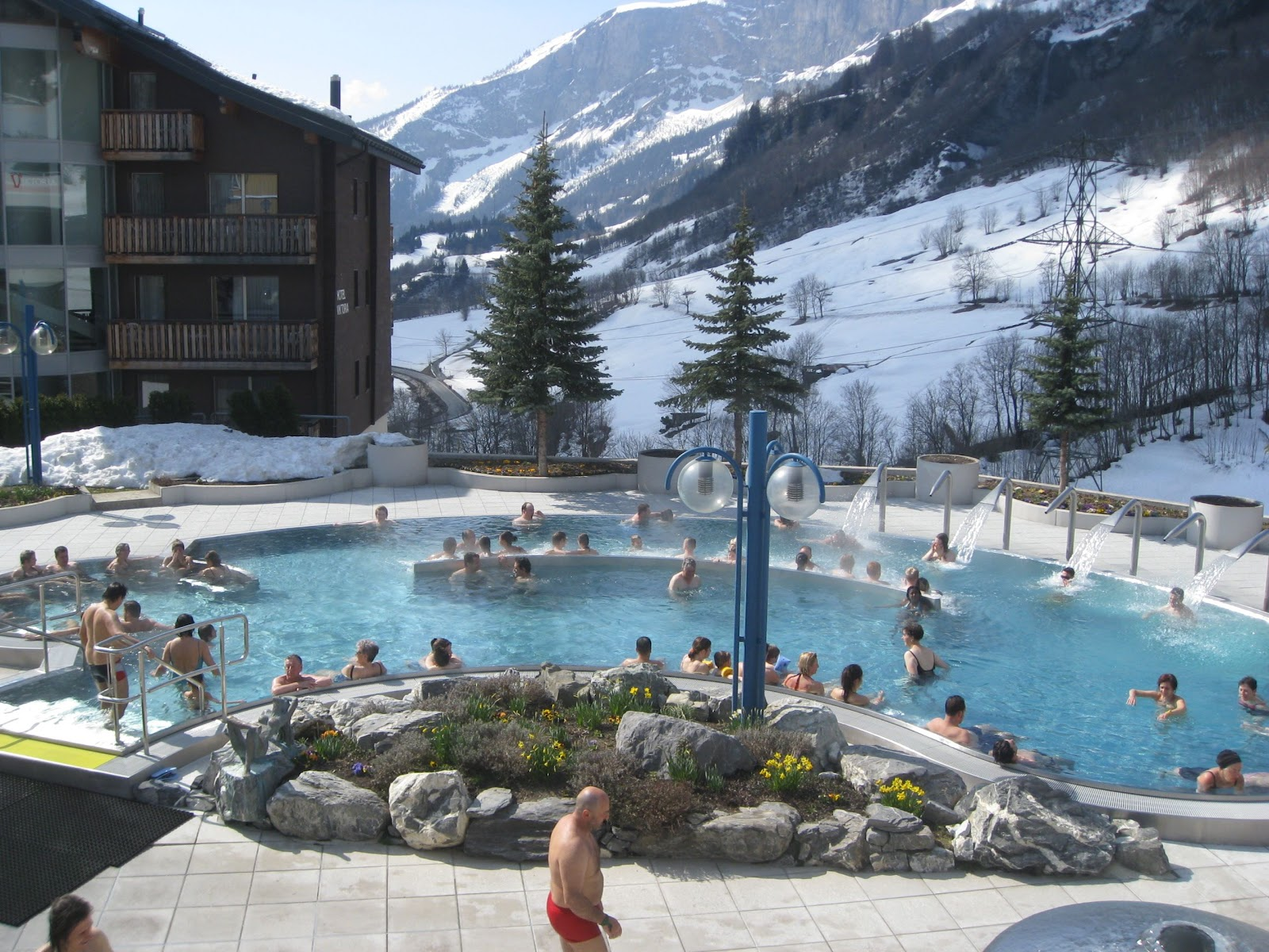 Leukerbad Switzerland  city photo : Chapter III, Expats in Switzerland: Bad, Bad, Leukerbad