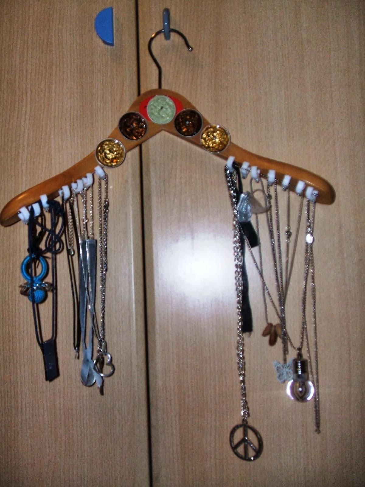 Atelier de la cosette colgador de bisuteria - Colgador de collares ...