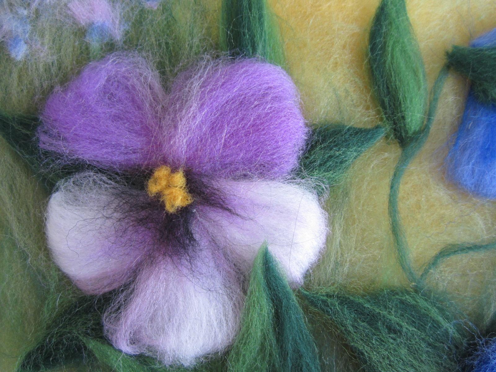 Я рисую цветы шерстью 118