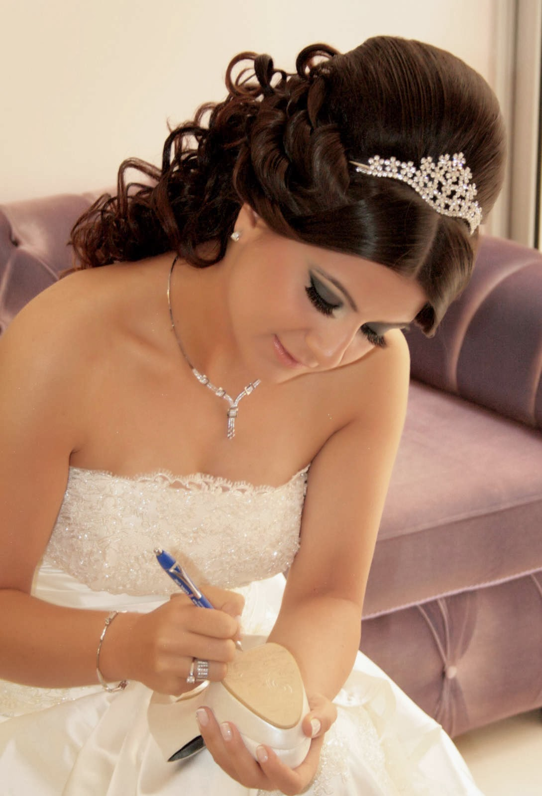 short wedding hairstyles 2014  pictures of short wedding hairstyles    Wedding Hairstyles With Tiara 2013
