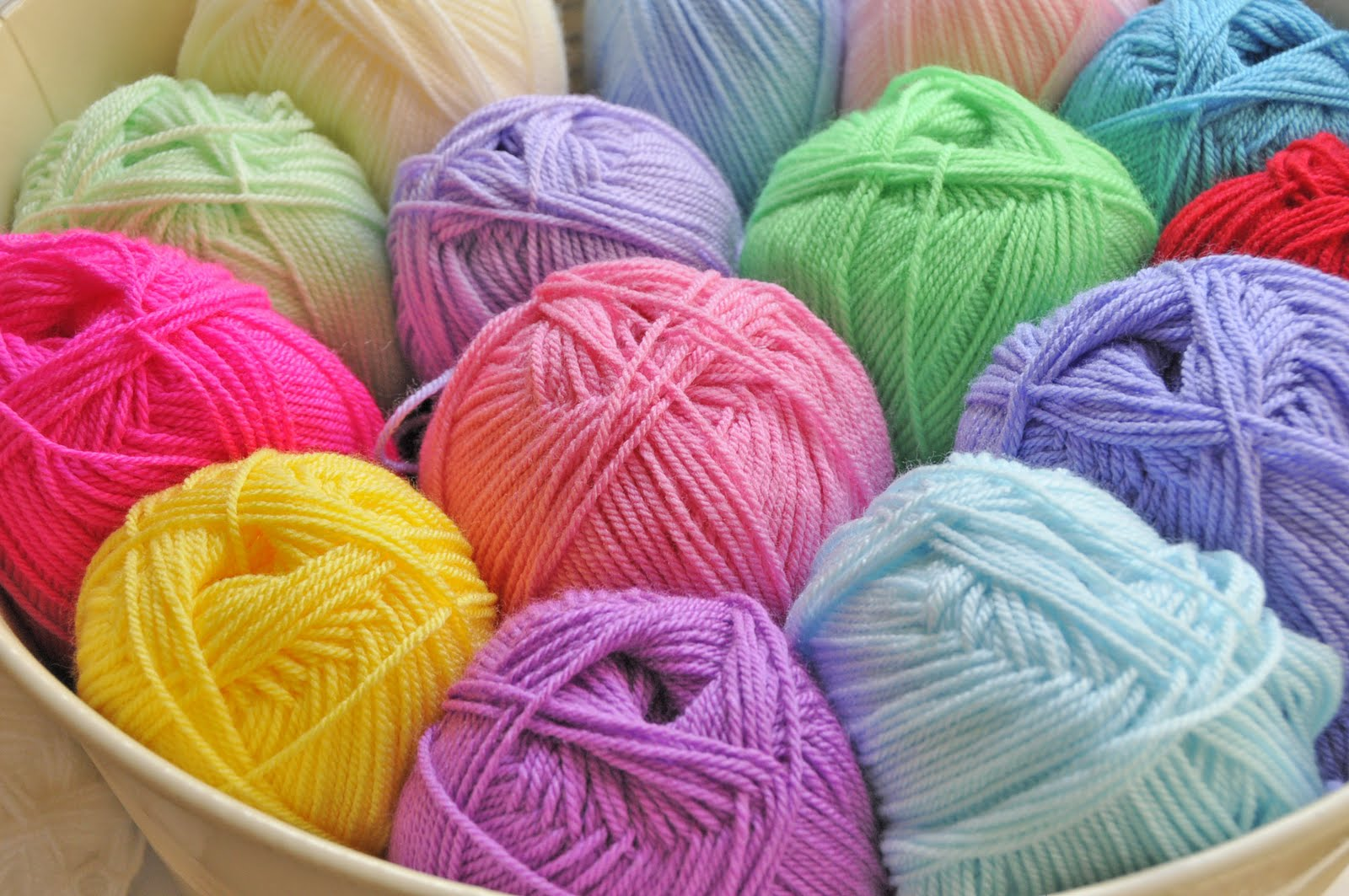 Knitting Wool : Helen Philipps: Colour Me Happy