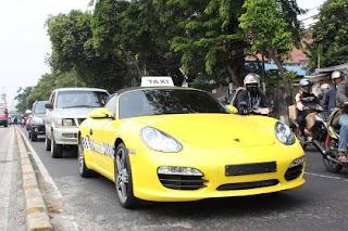 Taksi porsche di jakarta