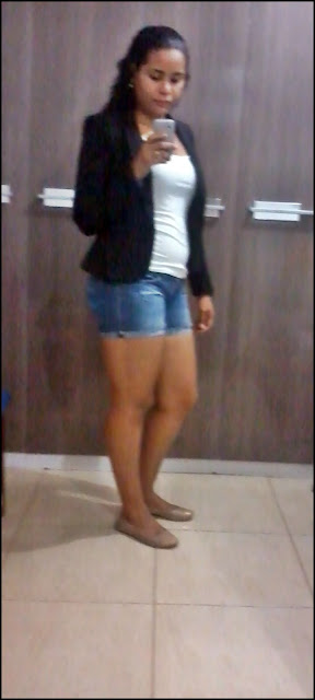 Look do dia: Short jeans e blazer