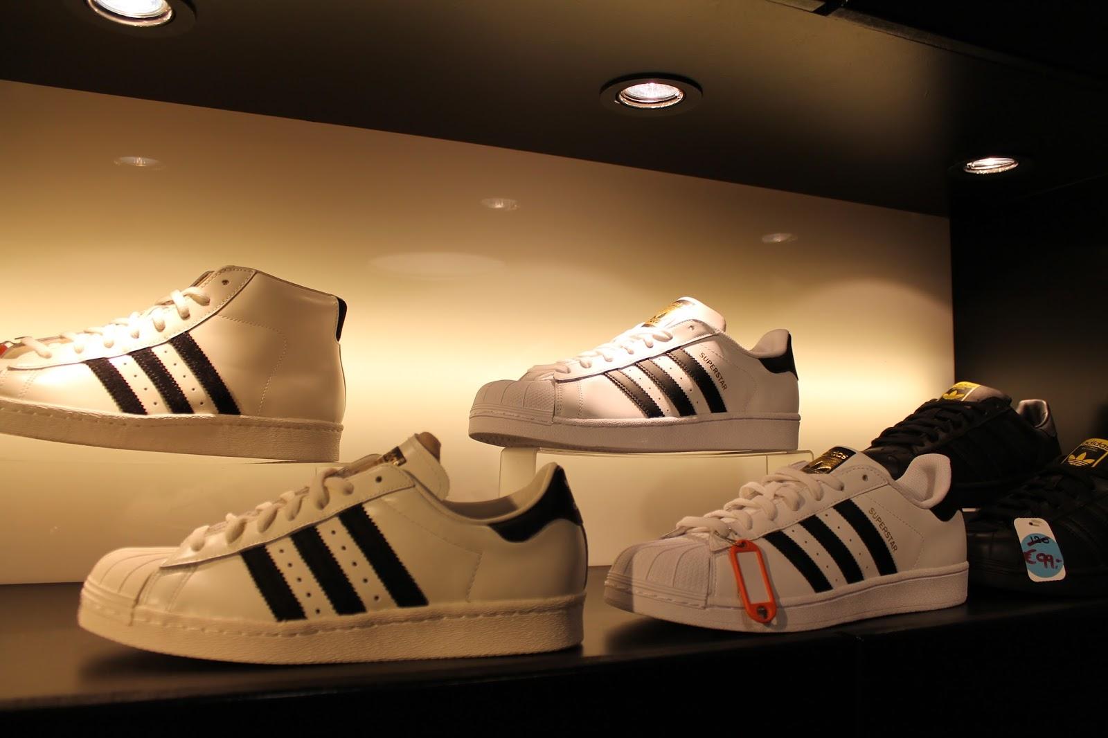 adidas schoenen maat groter