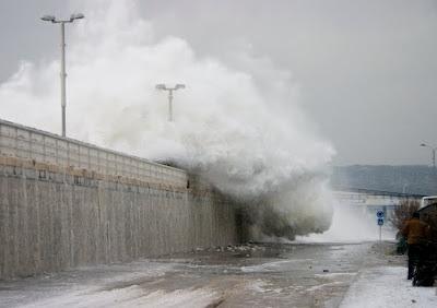 варна черно море бурно