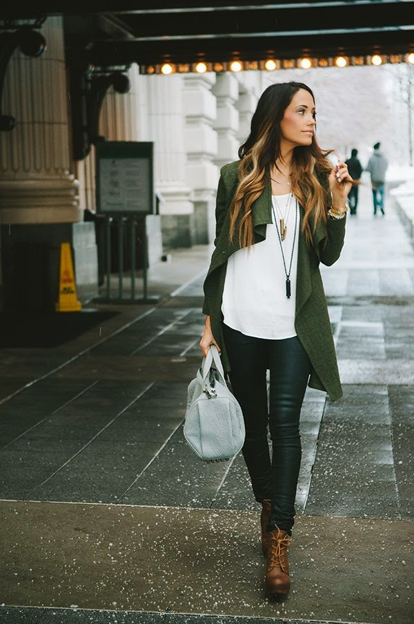 Casual Green Street Style