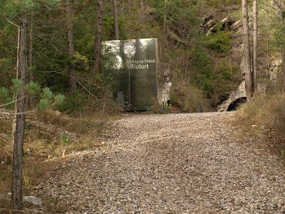 acceso mina petroleo guardiola bergueda