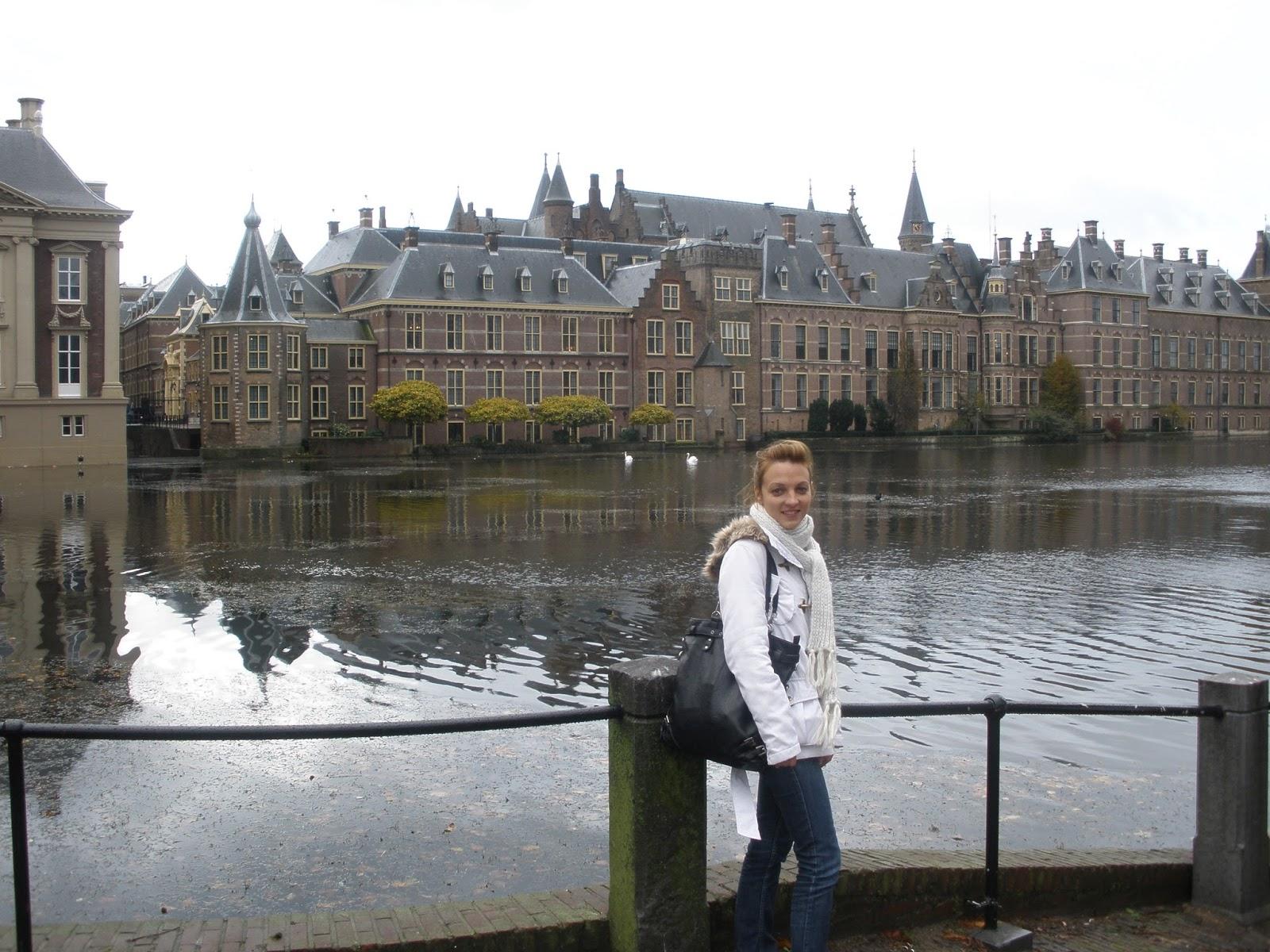 Binnenhof en La Haya desde el Hofvijver