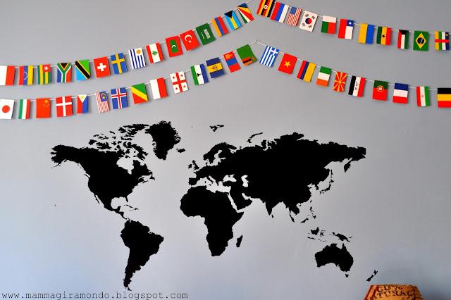 Bandiere del mondo per decorare la camera dei bambini for Decorare camera bambini