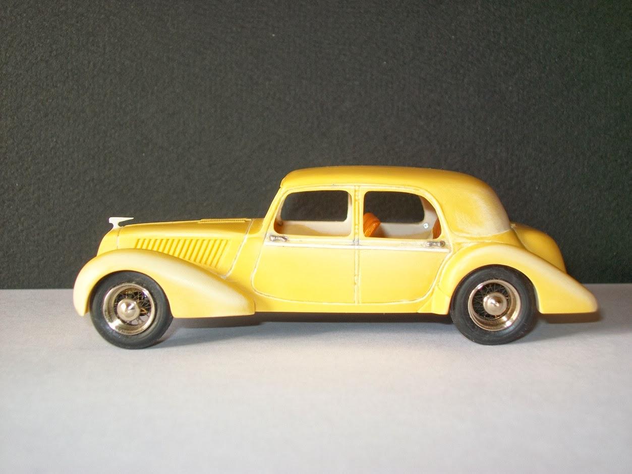 Garage de poche herv citro n traction splendilux for Garage citroen la fleche
