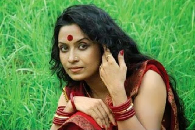 Bangladesh+Actress+Farzana+Chobi001