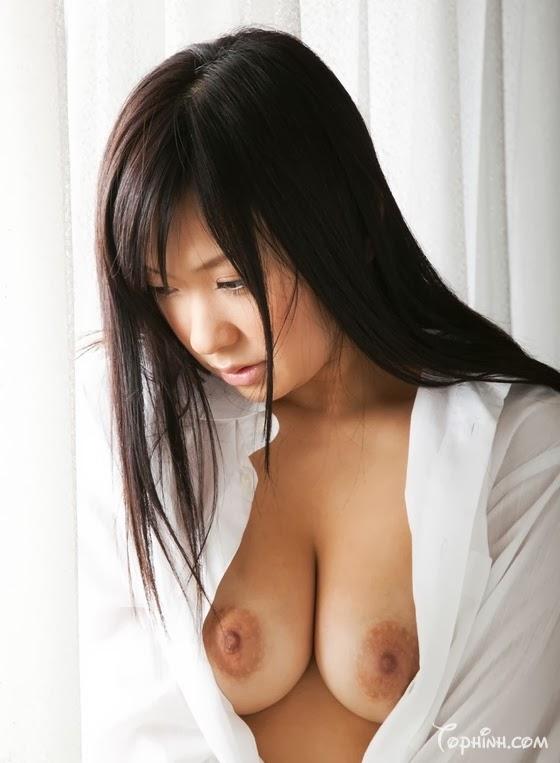 Ảnh sex khoả thân vú to, lồn đẹp Nana Ogura 7