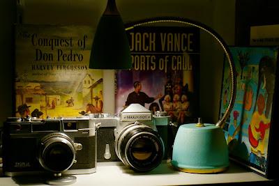 The Band Big Pink, Petri Color 2.8, Nikon Nikkormat, Bob Dylan, Tensor Lamp