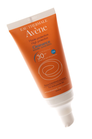 http://www.eau-thermale-avene.es/solares/solar-pieles-sensibles/gama-naranja/cleanance-solar-spf-30