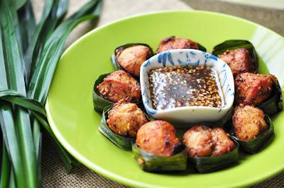 ไก่ห่อใบเตย (Chicken-Pandan recipe)