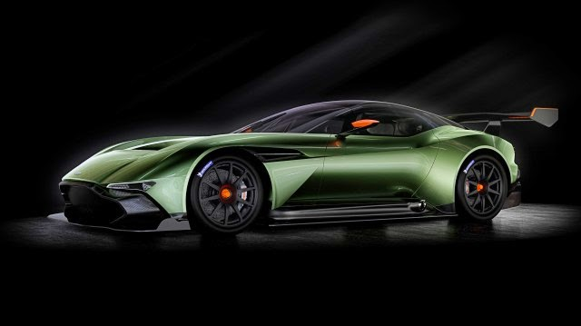 Aston Martin Vulcan with the power of 800 hp
