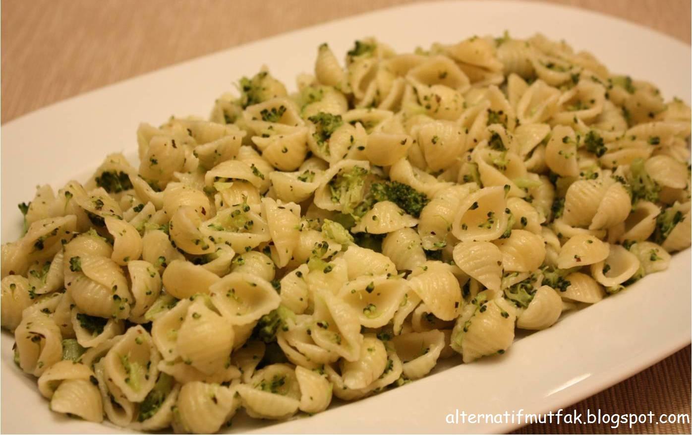 Brokolili Erişte