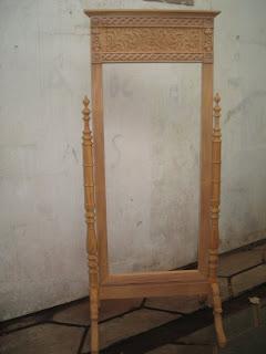 klasik furniture pigura klasik supplier pigura ukir goyang klasik mahoni pigura goyang mentah mahoni