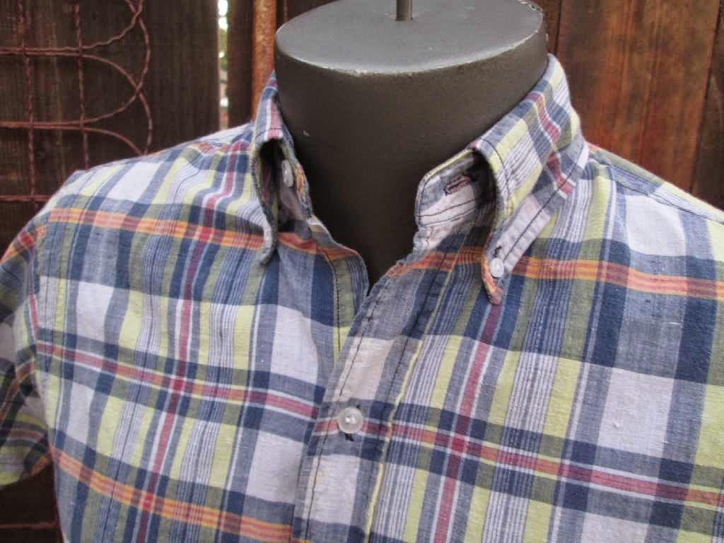 Bleeding madras shirt