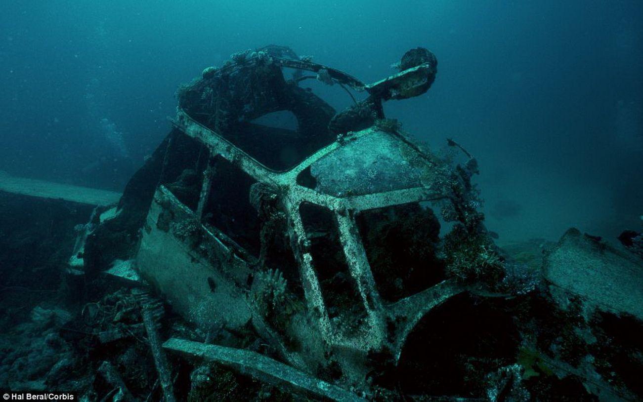 Тени затонувших кораблей.