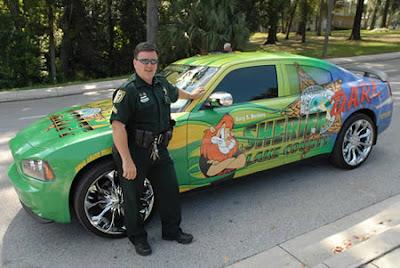 kereta polis