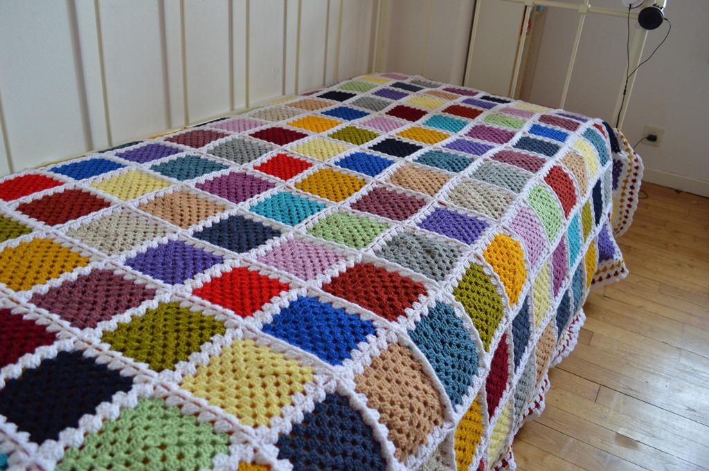 Fantástico Granny Patrón Manta Crochet Cuadrado Embellecimiento ...