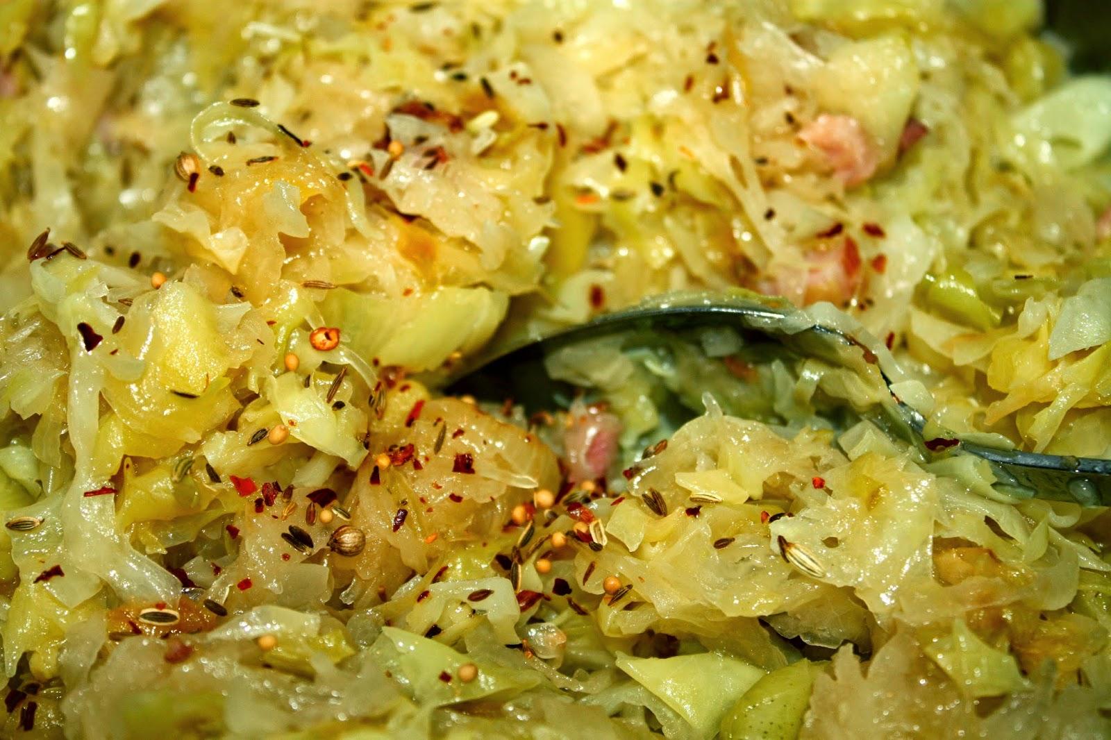 Тушеная квашеная капуста в мультиварке рецепт с пошагово в