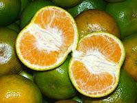 jeruk untuk menghilangkan bekas jerawat