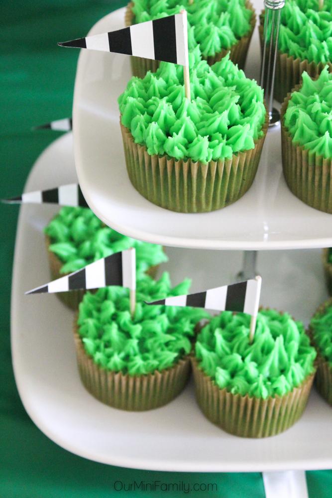 Cupcake cake pan recipe