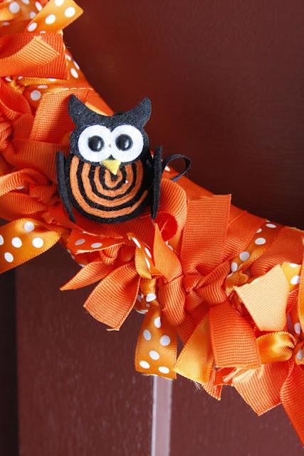 close-up owl halloween ribbon wreath