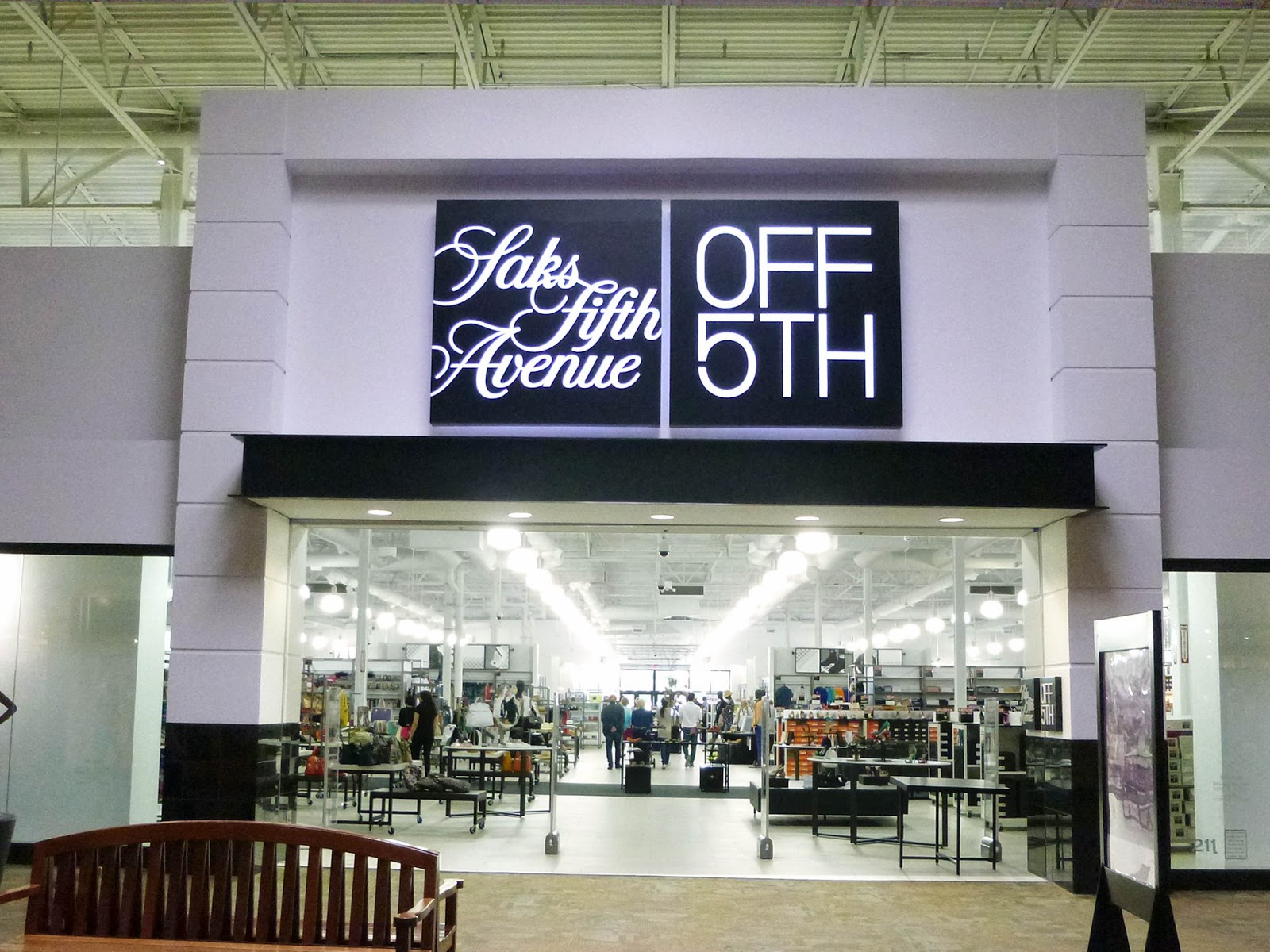 How to use Saks Fifth Avenue OFF 5th coupons Saks OFF 5th is your destination for designer clothing and accessories at a discount! Shop your favorite brands with everyday savings of up to 55% off.
