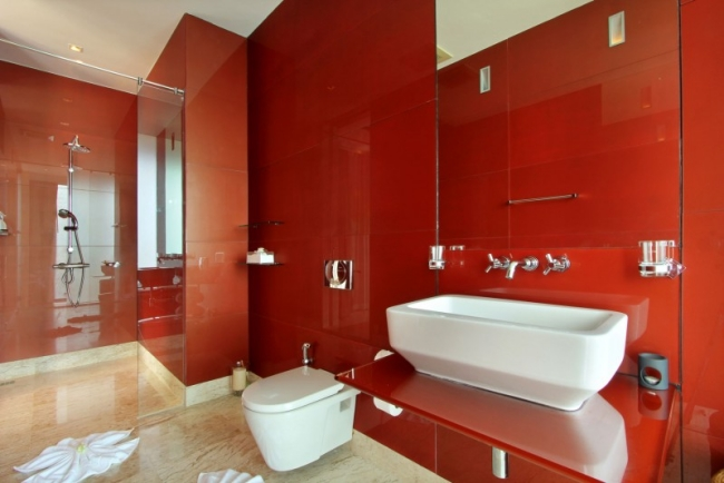 Baño De Color Rojo Fuego: ideas de inspiración en su proyecto de decoración de interiores