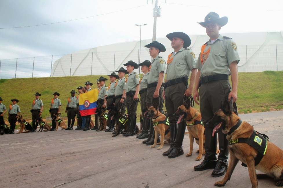 La otra selecci n colombia en brasil la polic a nacional for Ministerio de policia nacional