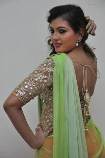 Sufi Sayyad latest glam pics 005.jpg