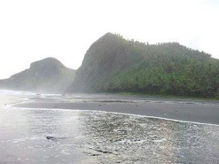 Pantai Menganti Ayah