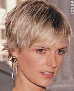 Korte kapsels voor vrouwen Trendy vrouwenkapsels - Kort Haar Kapsels Vrouwen