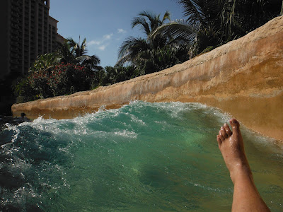 atlantis resort lazy river