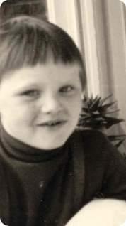 Ich im Alter von 6 Jahren - geschlechtsneutral.