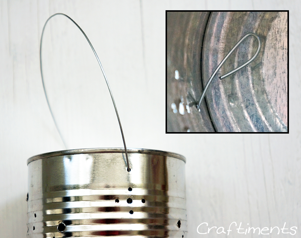 Make a handle from steel wire.