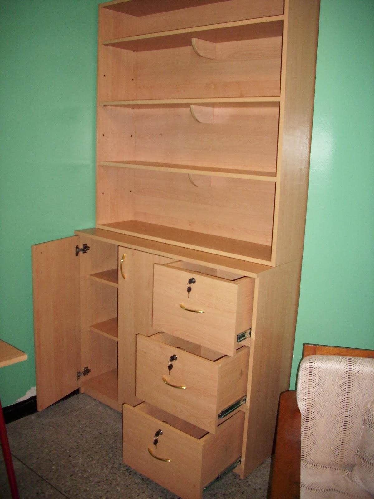 Mis trabajos en madera mueble en melamina for Trabajos de melamina