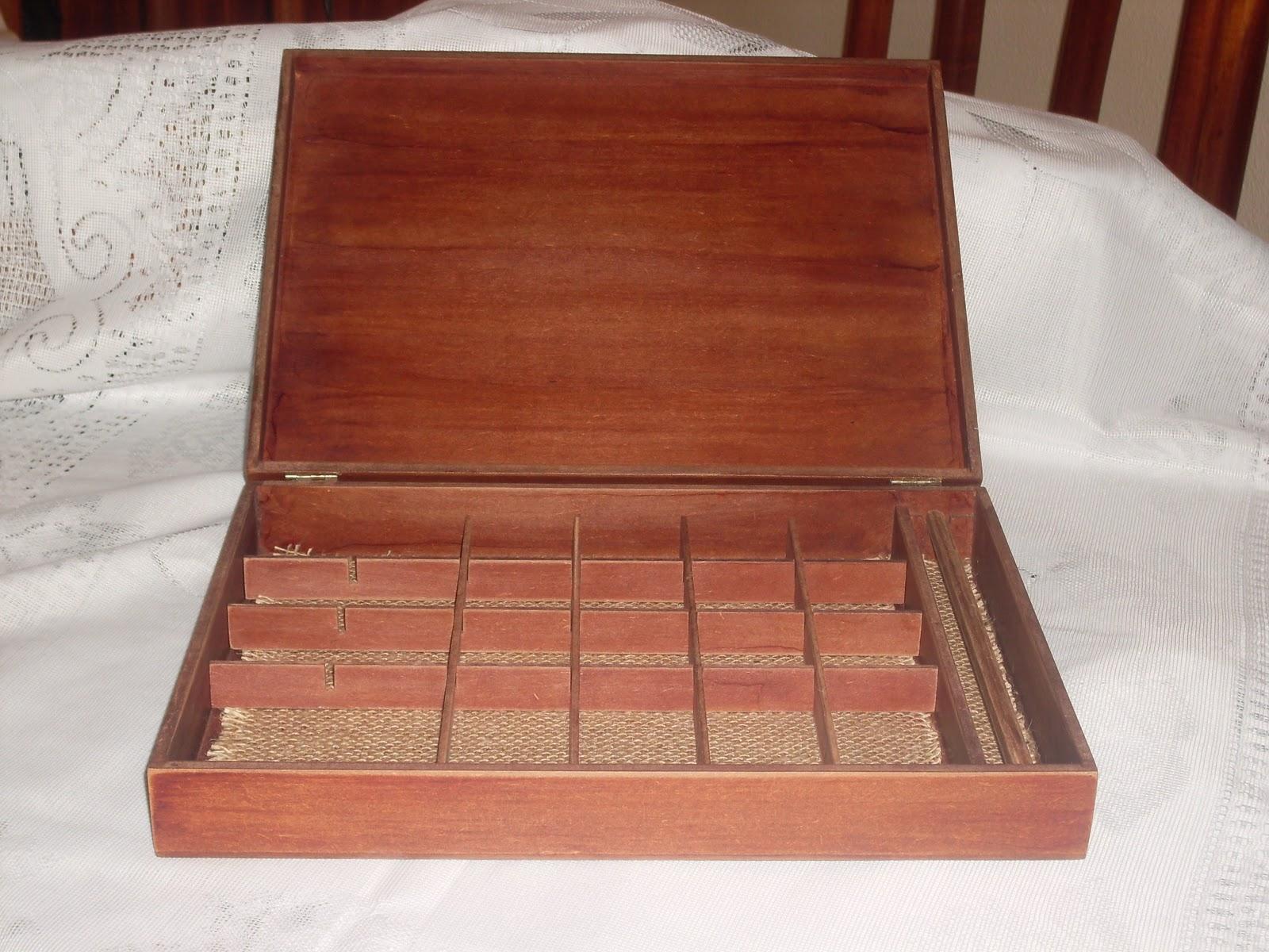 Miscelânias da Ni: Caixa de Madeira Rustica #3E1511 1600x1200
