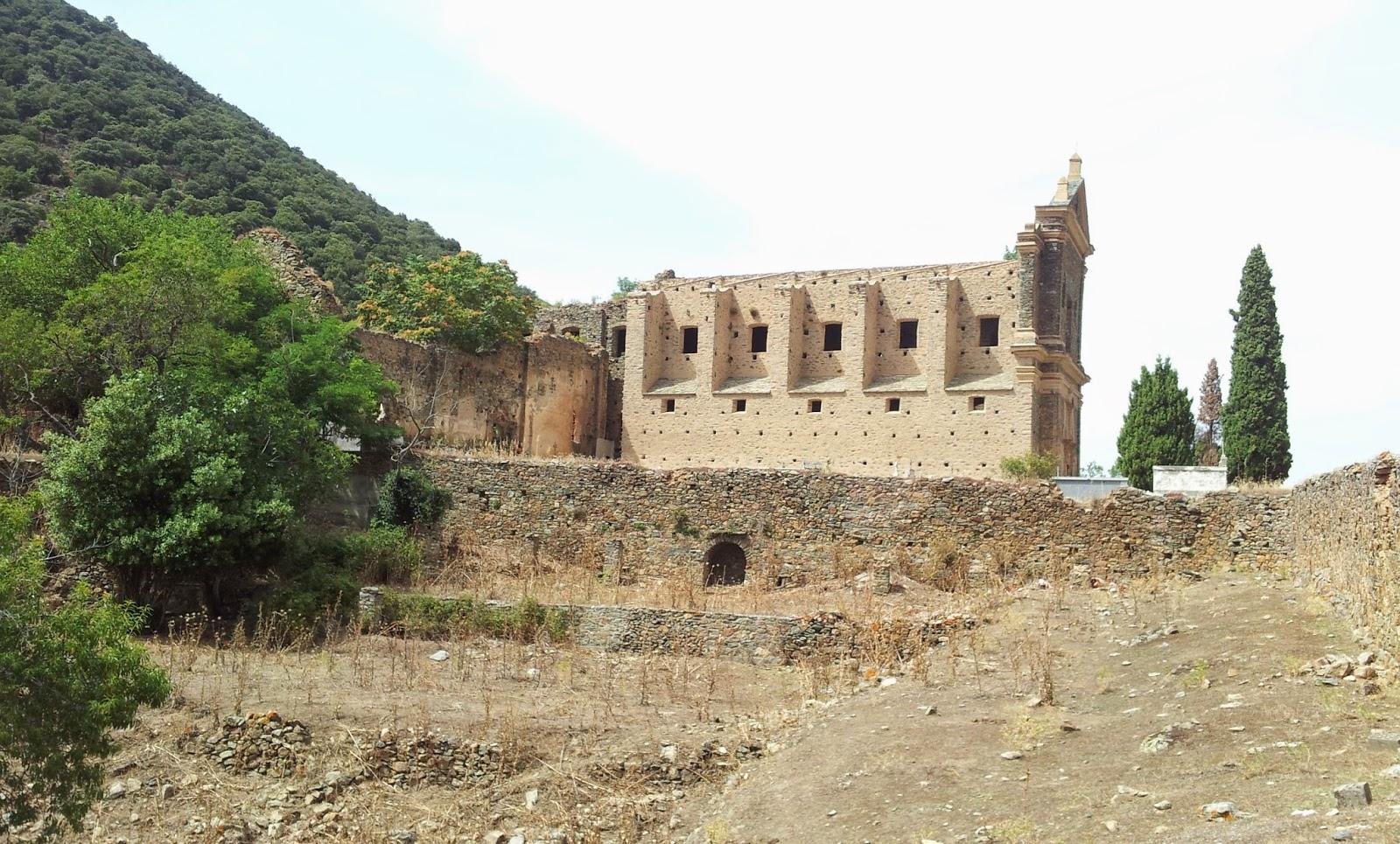 """<img src=""""klosterkirche.jpg"""" alt=""""Klosterkirche auf Korsika in der Nähe von Moltifao"""">"""