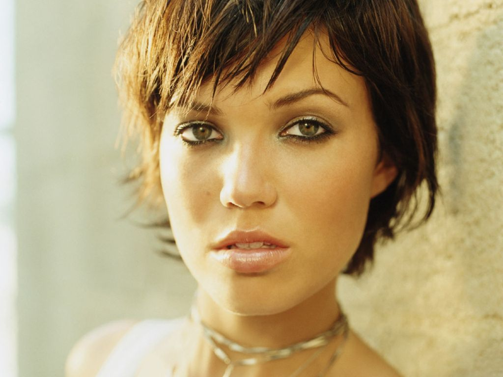 Mandy Moore Short Hair | Tontenk