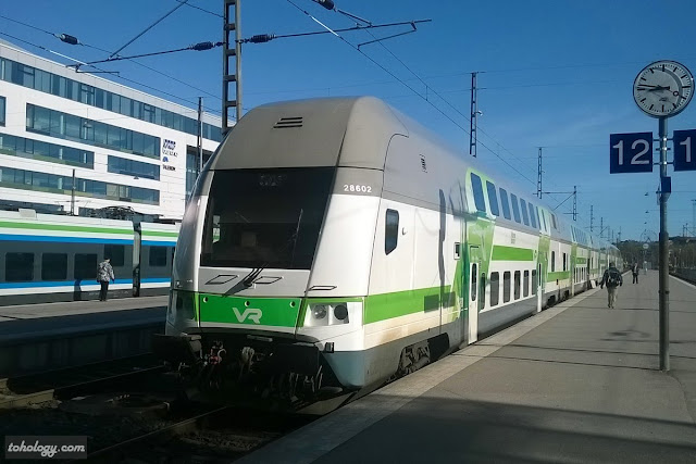 Long-distance and commuter trains