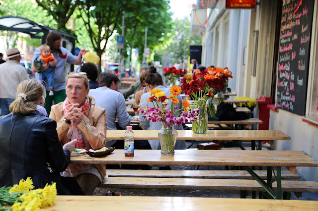 an outdoor cafe, berlin