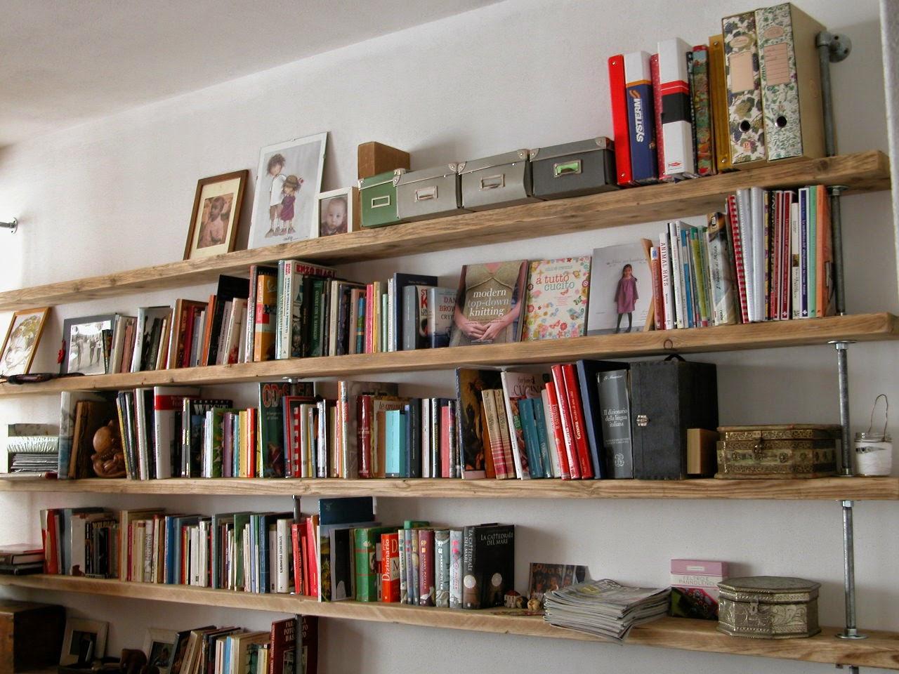 Lavoralalana libreria o ponteggio for Mensole libreria