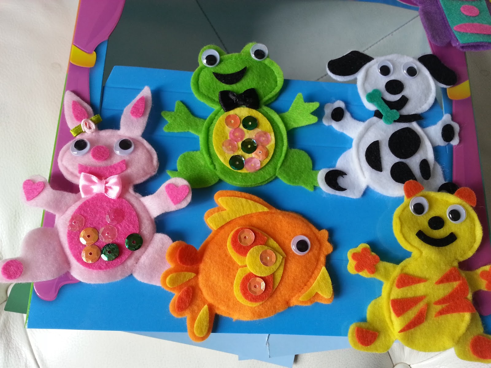 Dog Finger Puppet Crafts