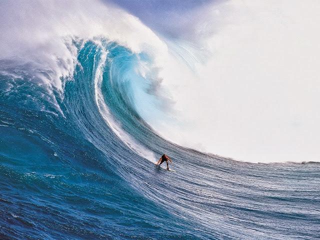 Surf em ondas gigantes