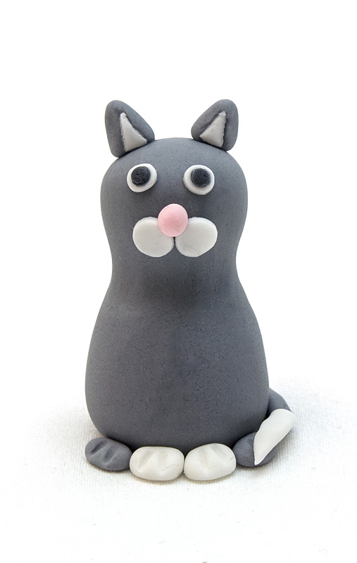 Cat fondant figure