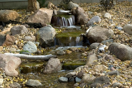 Backyard waterfall design ideas for Pond waterfall ideas